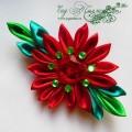 Брошь-заколка канзаши с красным цветком и сердцем