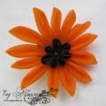 Брошь-заколка канзаши с оранжевым цветком