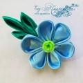 Брошь-заколка канзаши с голубым цветком